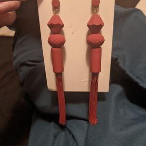 ⬇️BRAND NEW red tassel earrings